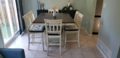 (Price Reduced) 7 piece dinning table