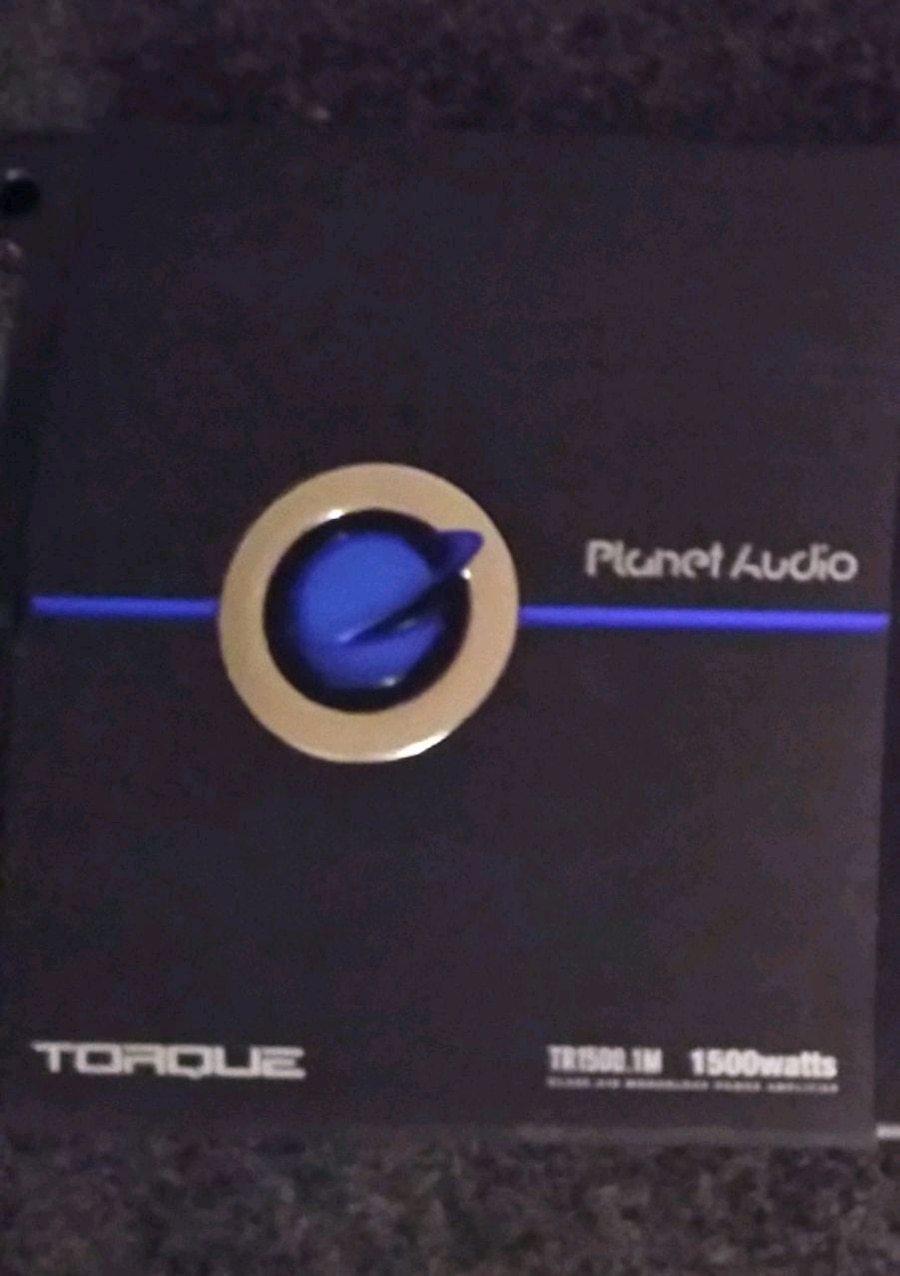 Photo Planet audio class D 1500 watt mono block one week of use