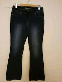 Ladies jeans, size medium/large. $5 each.  Toronto, M2M 4B9