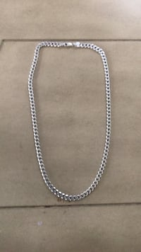 Sterling silver chain necklace  Guelph, N1E 5B9