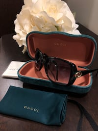 Gucci Sunglasses - Authentic  Toronto, M4Y 1G2