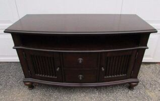 American Signature Furniture Mahogany Wood Bow Front Media Console Tab