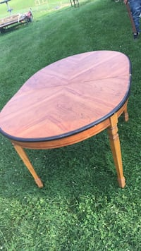 Dining table New Concord, 43762
