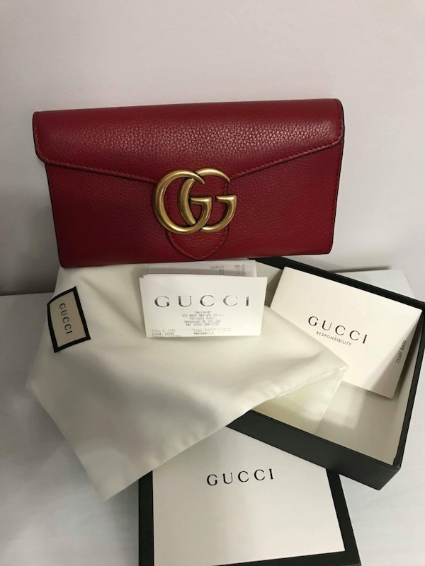 100% Authentic leather Gucci long wallet