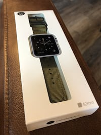 Apple Watch band (brand new) Spruce Grove, T7X 1E3