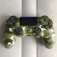 PS4 controller (Army color) Toronto, M9M 0G1