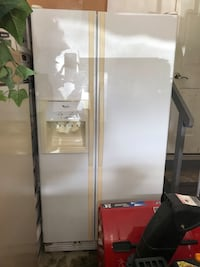 Whirlpool Water Filtrated Refrigerator  Bolingbrook, 60490