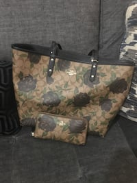 brown and black floral tote bag Melbourne, 32934