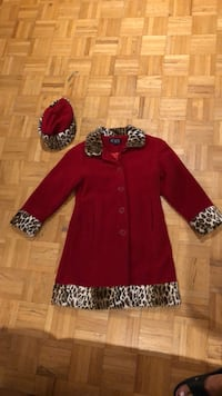 Winter coat with matching hat (size 7-8) Laval, H7P 3B6