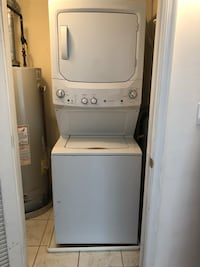 GE Unitized Spacemaker washer and dryer gas (white) Hoboken