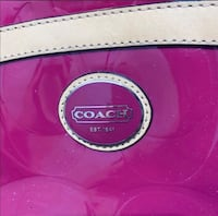 Authentic pink patent leather shoulder bag  Hagerstown, 21740