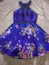 Blue and white floral formal dress size large Brazoria, 77422