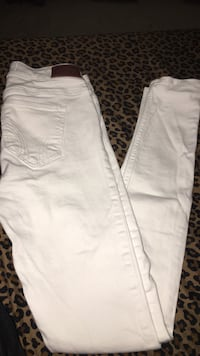 White denim jeans Woodbridge, 22191