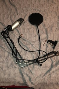 Mint condition full studio mic, Mic stand, and mic cover set.