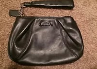 NWT Black leather Coach wristlet Nashville, 37211