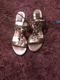 pair of gray leather open-toe sandals Lanham, 20706
