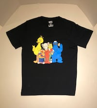 Kaws x Uniqlo FAMILY tee