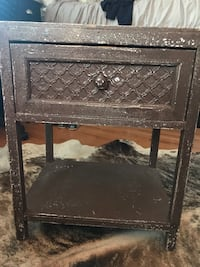 Distressed nightstand High Point, 27262