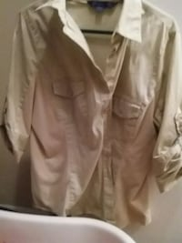 khaki button-tab-sleeved shirt Knoxville, 37909