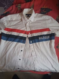 Tommy Hilfiger meduim collar button up shirt Georgina, L4P 3L4