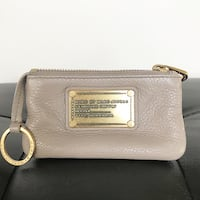 MARC JACOBS Taupe Key Pouch 3126 km