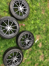 17X7.5 5-114 Sparco Hyundai Veloster Wheels with Snow Tires Solon, 44139
