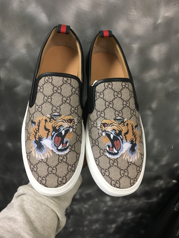 Used Gucci slip ons size 11 for sale in New York - letgo daf7ce01d