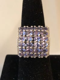 Sterling silver Tanzanite ring closeout price $90 FIRM Lexington, 40503