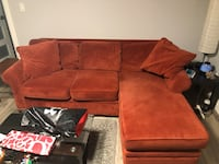 Great condition red sectional sofa. Must pick up Grimsby, L3M 1H3