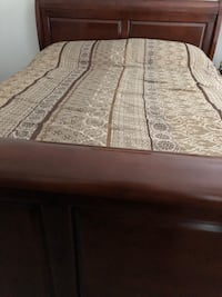Sleigh hardwood queen bed with mattress- cherry brown 38 km