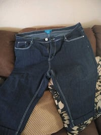 Plus size jeans and capris and jeans some r new  Modesto, 95358