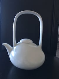 white ceramic kettle Dunwoody, 30338