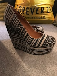 Steve Madden wedges size 5.5 great condition Toms River, 08753