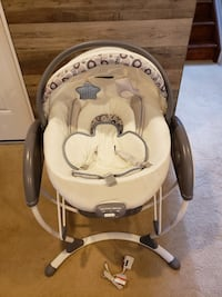 Graco Glider Elite 2 in 1 Swing and Bouncer