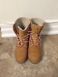 Timberland boots size 7 good condition  Toronto, M6L 1R7
