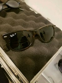 black framed Ray-Ban wayfarer sunglasses Kelowna, V1Y 2L2