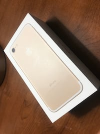 iPhone 7 Gold Brossard, J4Y 2L3