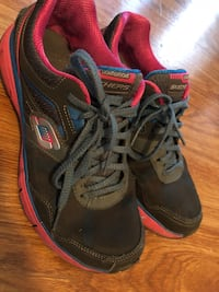 Skechers very lightweight size 7  Houston, 77077