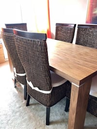 Dinning table and 6 chairs Springfield, 22153