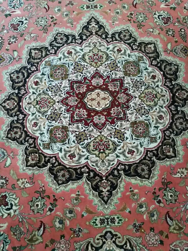 Persian Rug hand made authentic excellent conditio 421a5417-7390-42f1-9ba8-20497f981d8b