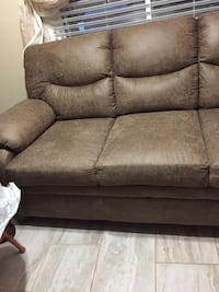 gray suede 3-seat sofa Kennewick, 99336