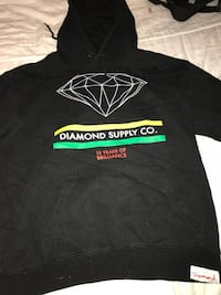 Diamond sweet shirt size small Gatineau, J8R 3P4