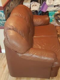 brown leather loveseat Laval, H7A 3V7