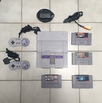 SUPER NINTENDO WITH GAMES MINT CONDITION Toronto, M4E 3J1