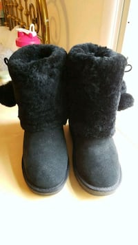 RJ's fuzzies BOOTS Annandale, 22003