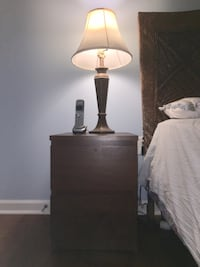 Night stand and 2 lamps Herndon, 20171