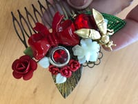 Hair comb lady in red bumblebees and bows Holt, 48842