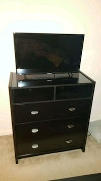 TV chest Dale City, 22193