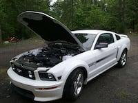 white Ford Mustang GT coupe Laurens, 29360