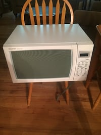 White and black microwave oven Berkeley Heights, 07922
